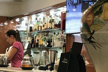 Un ampia selezione di liquori, grappe e amari per il Vostro dopo cena. Il Festival Cafe è aperto tutti i giorni dalle 7 alle 1